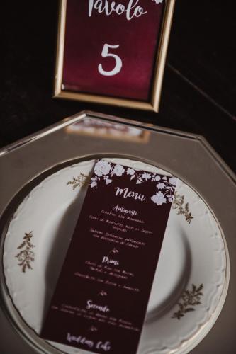 Grey Suite - Versione Bordeaux